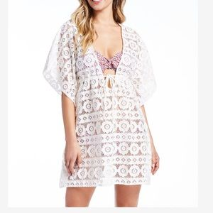 Pretty Peony Cover-Up in White